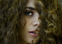 Plus Model Hairstyle Tips